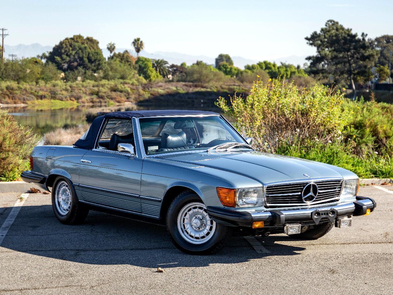 Có nên mua xe Mercedes cũ không